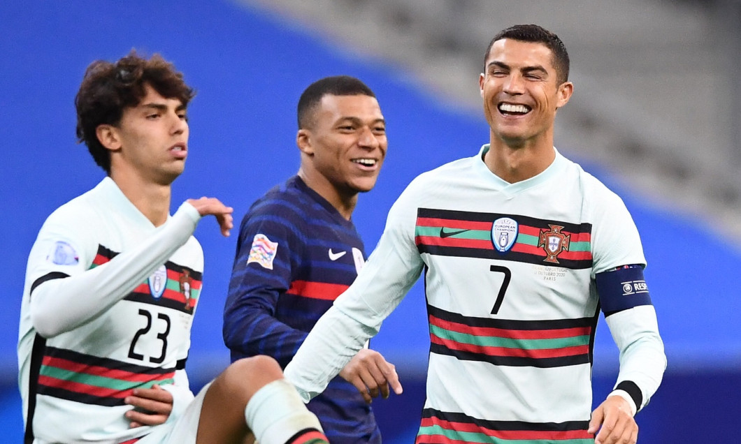 Kylian Mbappe și Cristiano Ronaldo s-au întâlnit pe teren în meciul dintre Franța și Portugalia, încheiat la egalitate, 0-0, în etapa a treia a fazei grupelor Ligii Națiunilor.