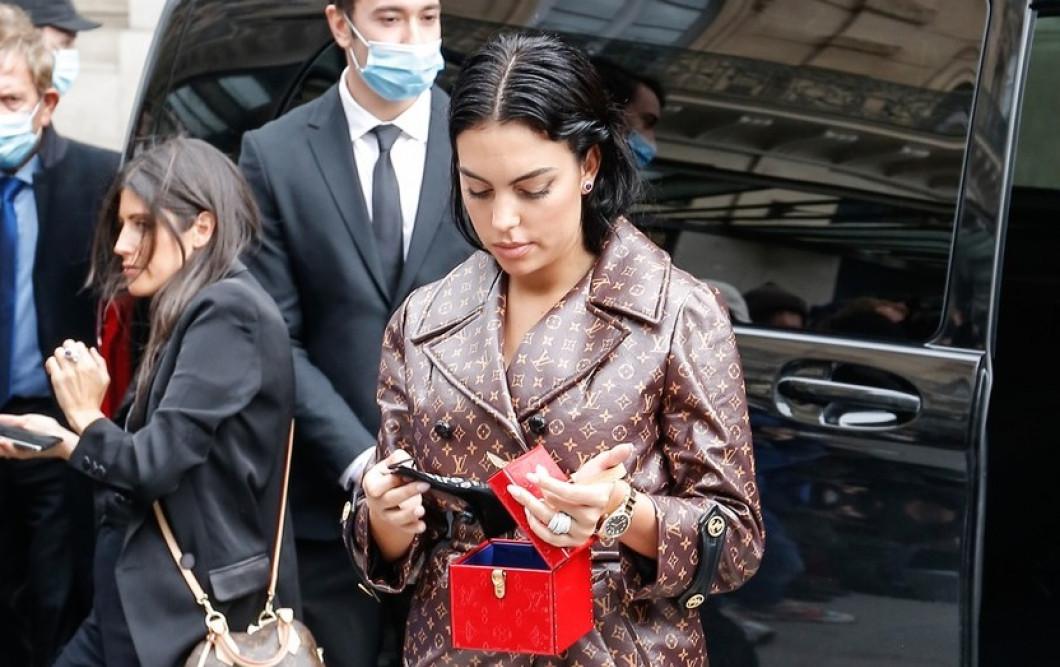 Georgina Rodriguez arriving at Louis Vuitton Show during the Paris Fashion Week 2020