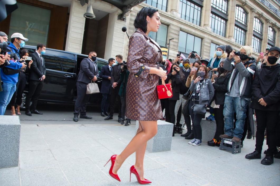 PFW - Louis Vuitton Arrivals - Womenswear Spring Summer 2021 NB