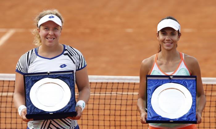 Raluca Olaru și Anna Lena Friedsam, după finala pierdută la Roma / Foto: Getty Images