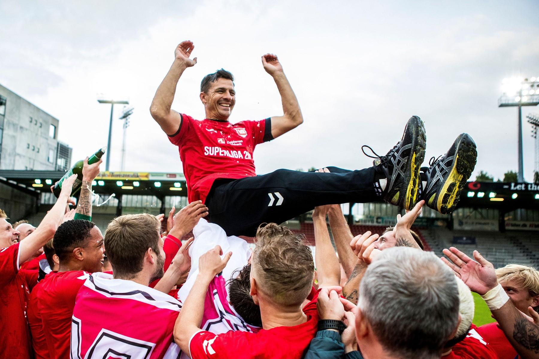 Costel Gâlcă, de neoprit în Danemarca! Vejle e pe locul 3 și are 5 meciuri consecutive fără eșec