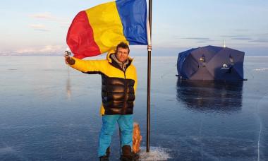 Robert Bentia Lacul Baikal cort