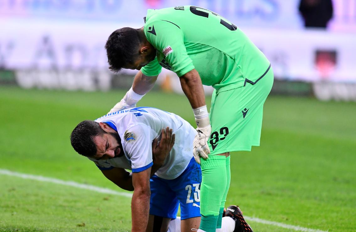 Pierdere importantă pentru Universitatea Craiova! Cât va lipsi Marius Constantin, accidentat în meciul cu Dinamo