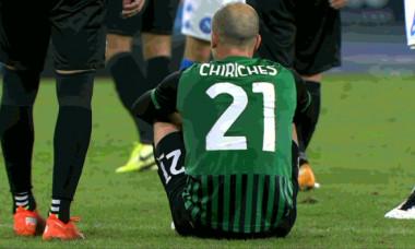 Vlad Chiricheș nu a mai putut continua meciul Napoli - Sassuolo 0-2 / Foto: Captură Digi Sport