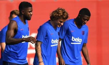 Samuel Umtiti, Antoine Griezmann și Ousmane Dembele, la un antrenament de la Barcelona / Foto: Getty Images