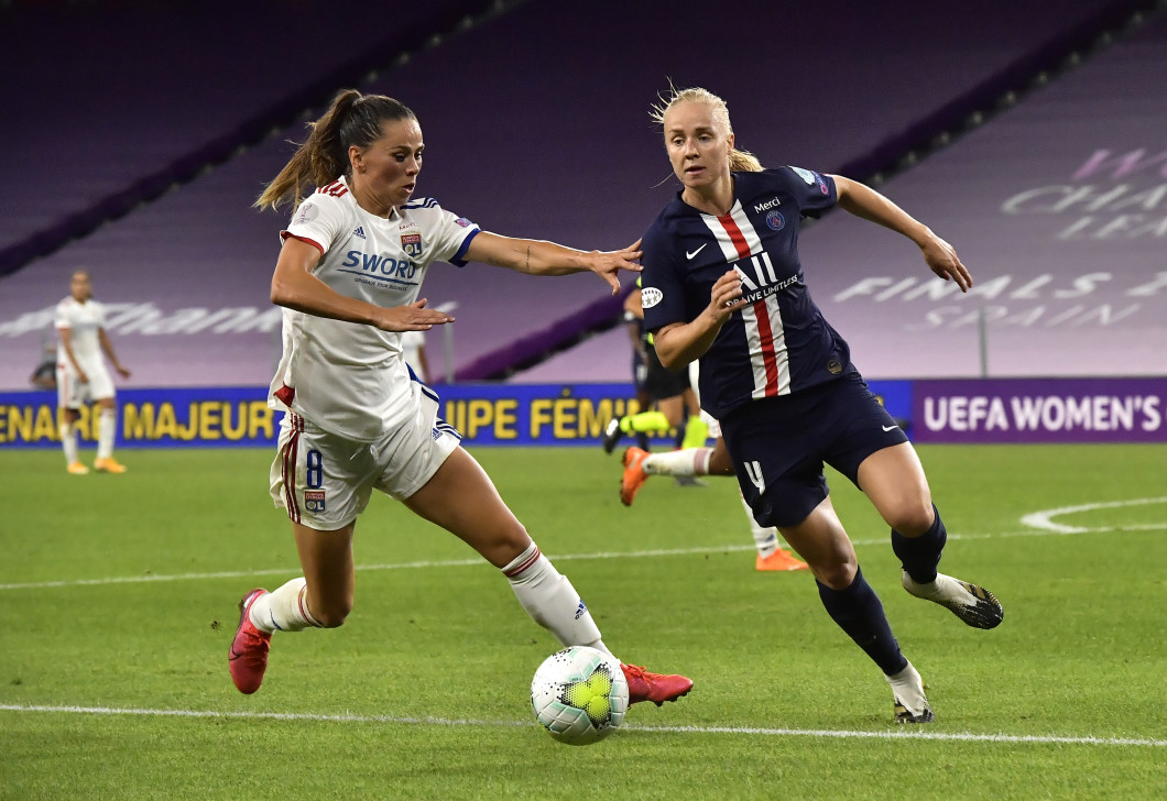Paris Saint-Germain v Olympique Lyonnais - UEFA Women's Champions League Semi Final