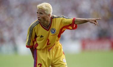 Dan Petrescu, în tricoul echipei naționale, în 1998 / Foto: Getty Images
