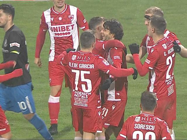 """Dinamo - Viitorul 3-0. Prestație de gală a """"câinilor"""" la ultimul meci al lui Contra. Fabbrini, dublă magică"""
