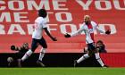 Neymar și Moise Kean, în meciul cu Manchester United / Foto: Getty Images