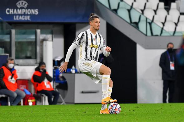 Radu Drăgușin, în meciul cu Dinamo Kiev / Foto: Profimedia