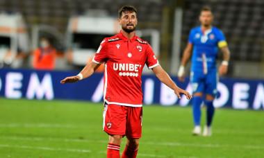 Borja Valle, în tricoul lui Dinamo / Foto: Sport Pictures