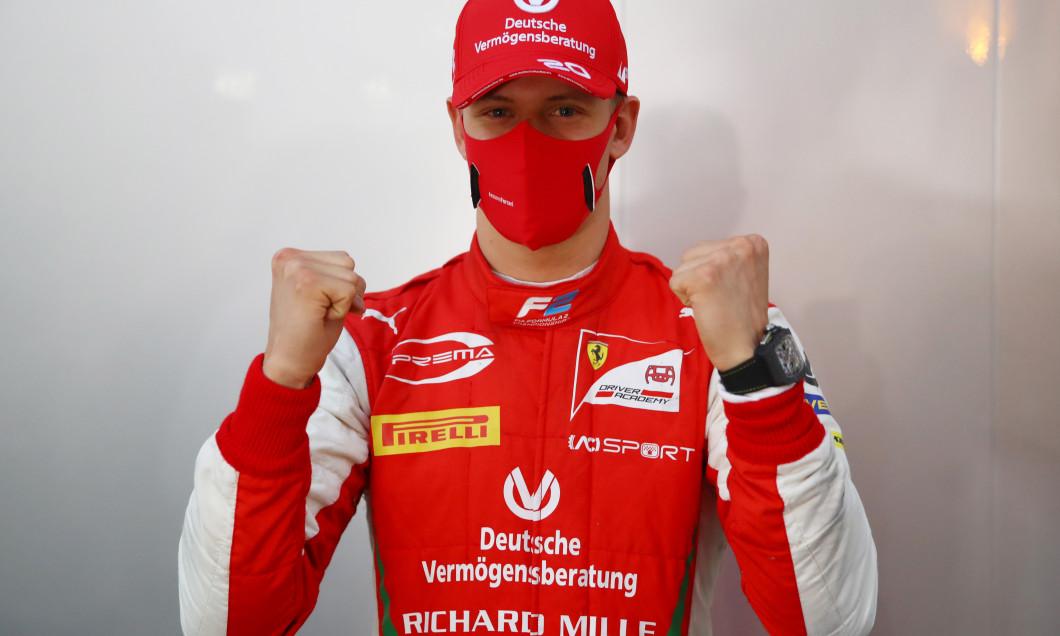 Formula 2 Championship - Round 12:Sakhir - Sprint Race