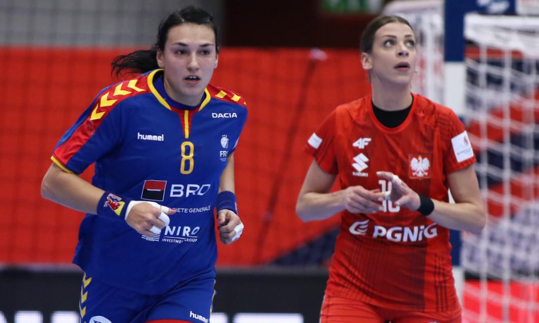 Cristina Neagu, în meciul România - Polonia / Foto: Sport Pictures