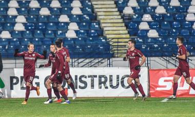 Fotbaliștii lui CFR Cluj, în meciul cu Poli Iași / Foto: Sport Pictures