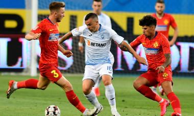 Dan Nistor, Ionuț Panțîru și Florinel Coman, într-un meci Universitatea Craiova - FCSB / Foto: Sport Pictures