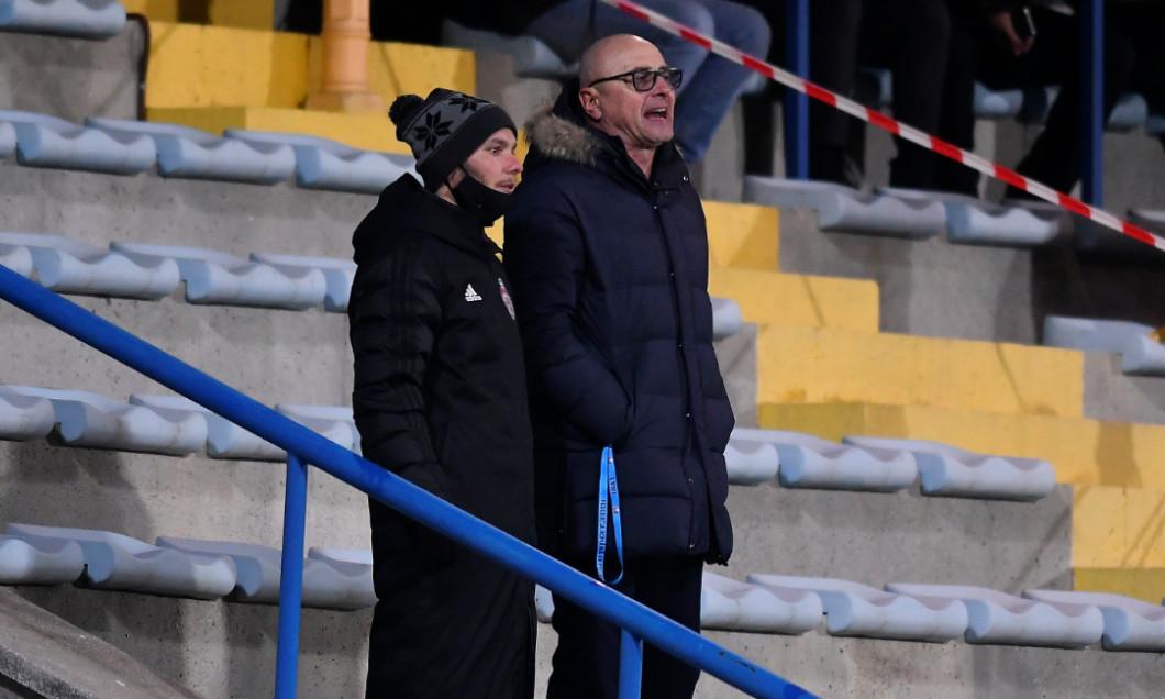 Leo Grozavu, antrenorul lui Sepsi, în timpul meciului cu FCSB / Foto: Sport Pictures