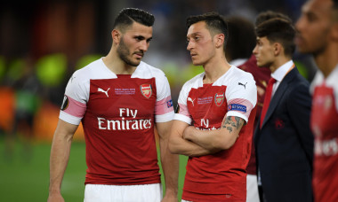 Sead Kolasinac și Mesut Ozil, în tricoul lui Arsenal / Foto: Getty Images