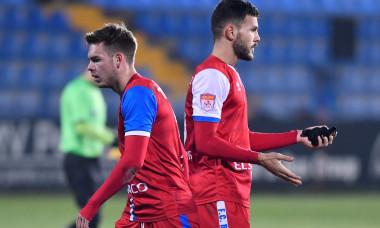 Andrei Chindriș și Denis Haruț, fundașii clubului FC Botoșani / Foto: Sport Pictures