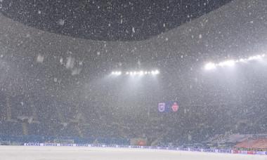 Ninsoare la Craiova, cu o oră și jumătate înaintea meciului cu Sepsi / Foto: Digi Sport