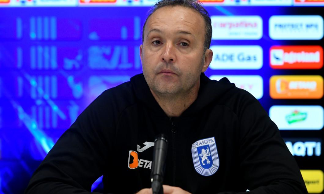 Corneliu Papură, antrenorul Universității Craiova / Foto: Sport Pictures