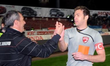 2.FOTBAL:DINAMO BUCURESTI-RAPID BUCURESTI 3-0,LIGA 1 (4.04.2009)