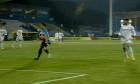 Damien Dussaut a preluat balonul și cu mâna în meciul cu FCSB / Foto: Captură Digi Sport