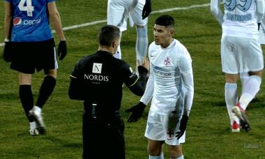 Florinel Coman și Istvan Kovacs, la finalul primei reprize din Viitorul - FCSB / Foto: Captură Digi Sport