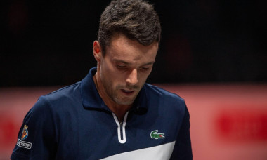Roberto BAUTISTA AGUT (ESP), looks to the ground, looks after below, tennis, bett1HULKS Indoors 2020, Champions Trophy, ATP 250 tournament on October 15, 2020 in Koeln/Germany. | usage worldwide