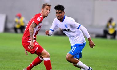 Juan Camara și Ștefan Baiaram, în meciul Dinamo - Craiova / Foto: Sport Pictures