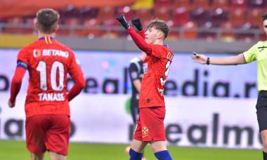 Octavian Popescu, după golul marcat pentru FCSB în meciul cu Poli Iași / Foto: Sport Pictures