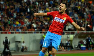 Constantin Budescu, după un gol marcat pentru FCSB / Foto: Sport Pictures