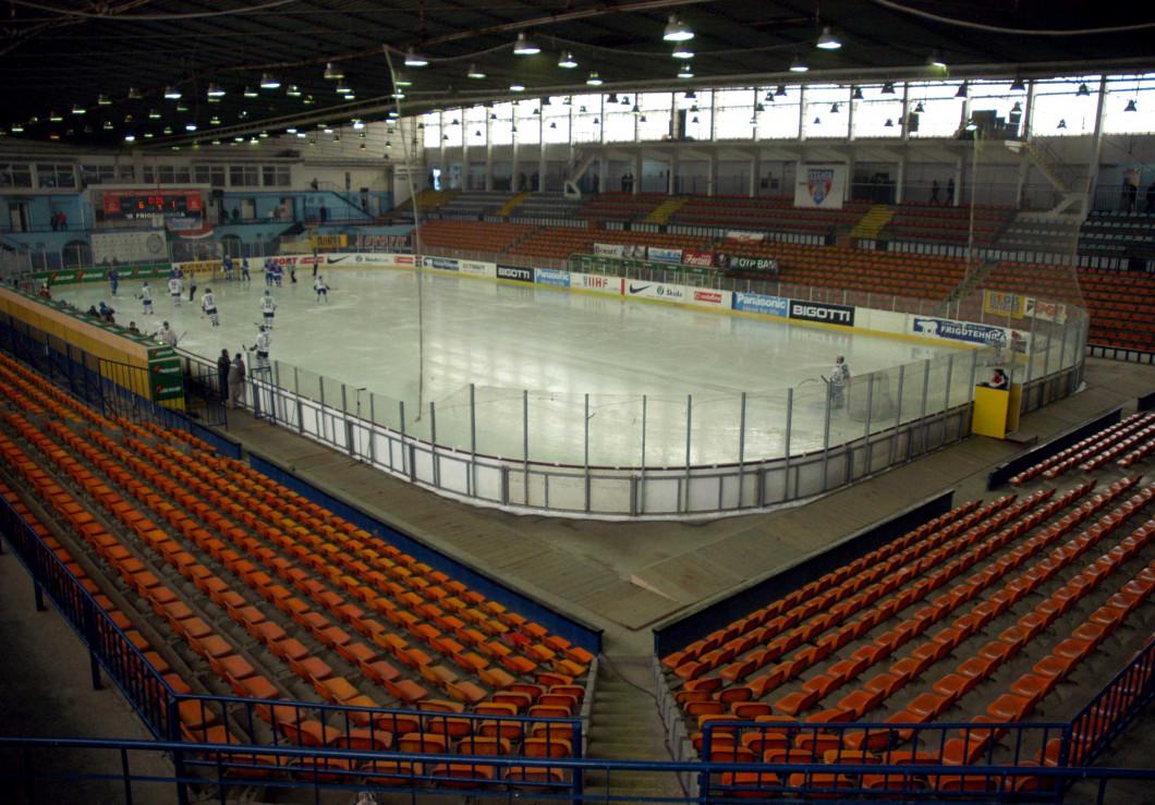 HOCHEI:STEAUA BUCURESTI-HC MIERCUREA CIUC 6-2,CAMPIONATUL NATIONAL (18.02.2007)