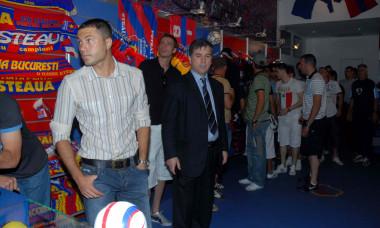 Adrian Ilie, în perioada în care era manager sportiv la FCSB / Foto: Sport Pictures