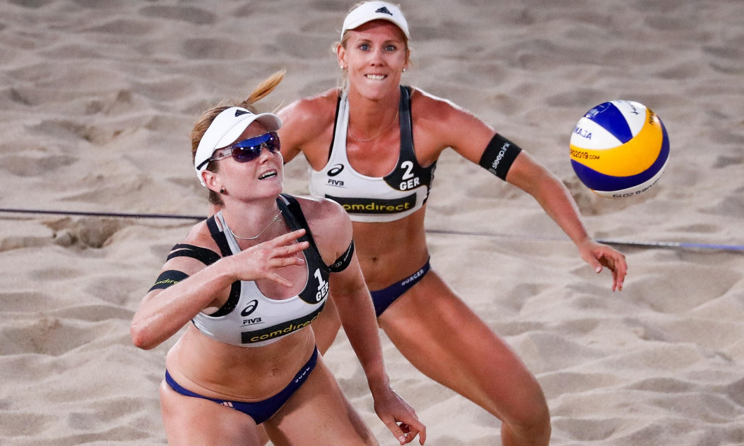 Hamburg, Germany. 29th June, 2019. Beach Volleyball, World Championship, in Rothenbaum Stadium: Preliminary round Women, Borger/Sude (Germany) - Xue/Wang (China). Karla Borger and Julia Sude (l) in action on the Center Court. Credit: Christian Charisius/d
