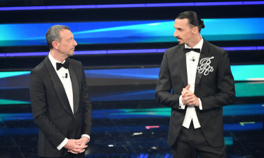 Zlatan Ibrahimovic și Amadeo Sebastiani, pe scena Sanremo / Foto: Profimedia