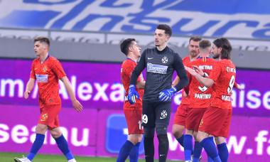 Fotbaliștii de la FCSB, după meciul cu Gaz Metan Mediaș / Foto: Sport Pictures