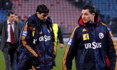 Victor Pițurcă și Mirel Rădoi, după un amical România - Croația 1-2, din 2009 / Foto: Sport Pictures
