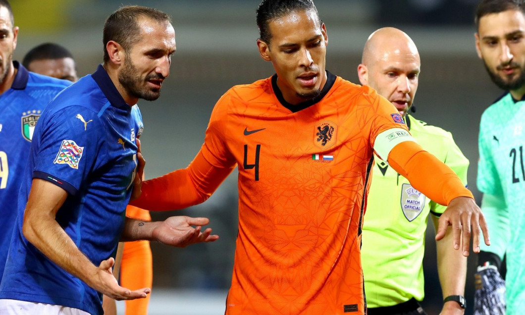 BERGAMO, ITALY - OCTOBER 14: Giorgio Chiellini of Italy, Virgil van Dijk of The Netherlands during the UEFA Nations League match between Italy and The