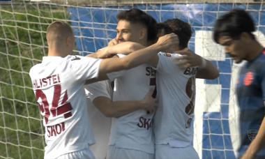 Fotbaliștii Rapidului, în meciul cu Metaloglobus / Foto: Captură Digi Sport