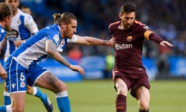 Raul Albentosa (stânga), în duel cu Lionel Messi, la meciul Barcelona - Eibar din 2014 / Foto: Profimedia