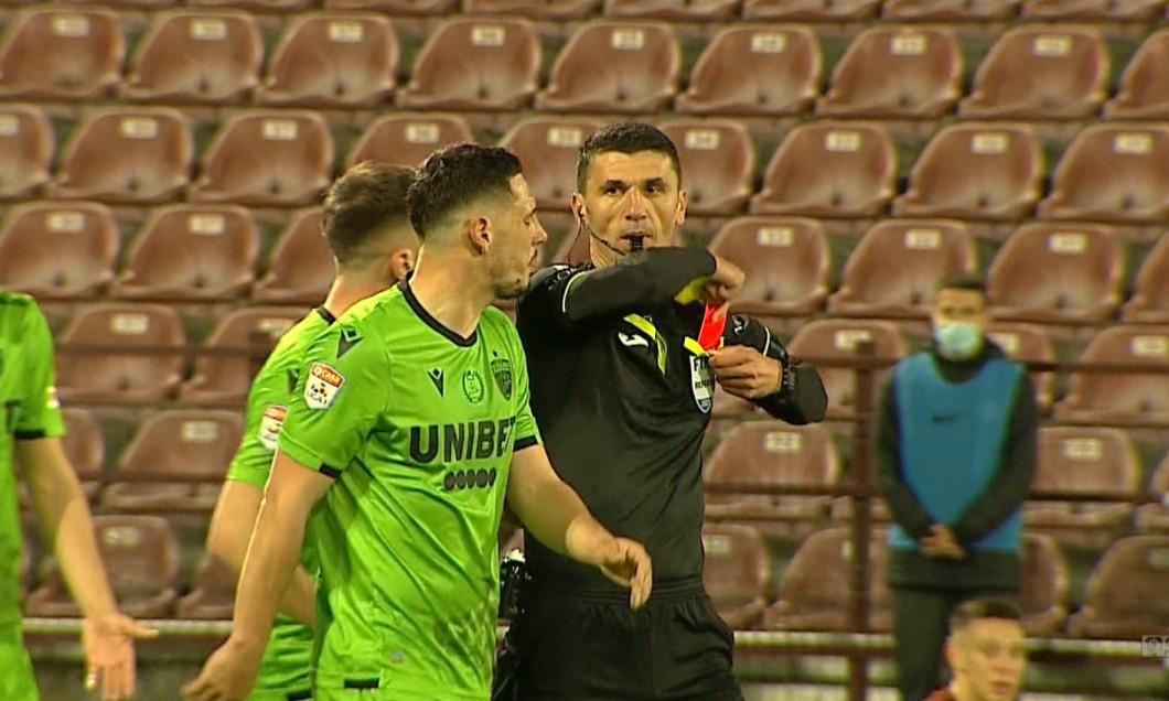 Paul Anton, eliminat în CFR Cluj - Dinamo / Foto: Captură Digi Sport
