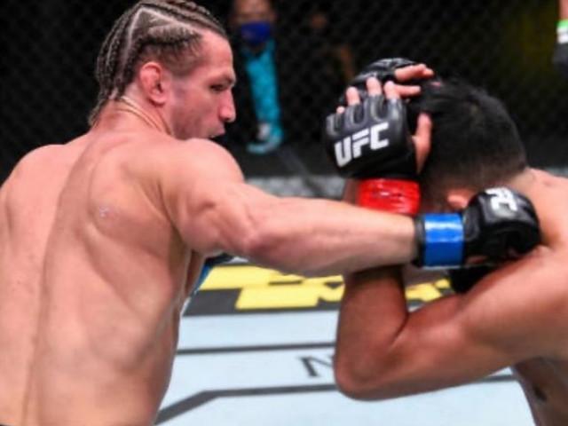 Un luptător din UFC i-a pus la punct pe tâlharii care i-au furat mașina. Unul dintre ei l-a atacat cu o șurubelniță