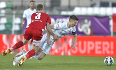 Bogdan Mitrea și Florin Tănase, în meciul Sepsi - FCSB / Foto: Sport Pictures