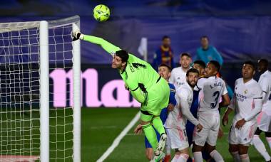 Lionel Messi a fost aproape să marcheze direct din corner în El Clasico / Foto: Profimedia