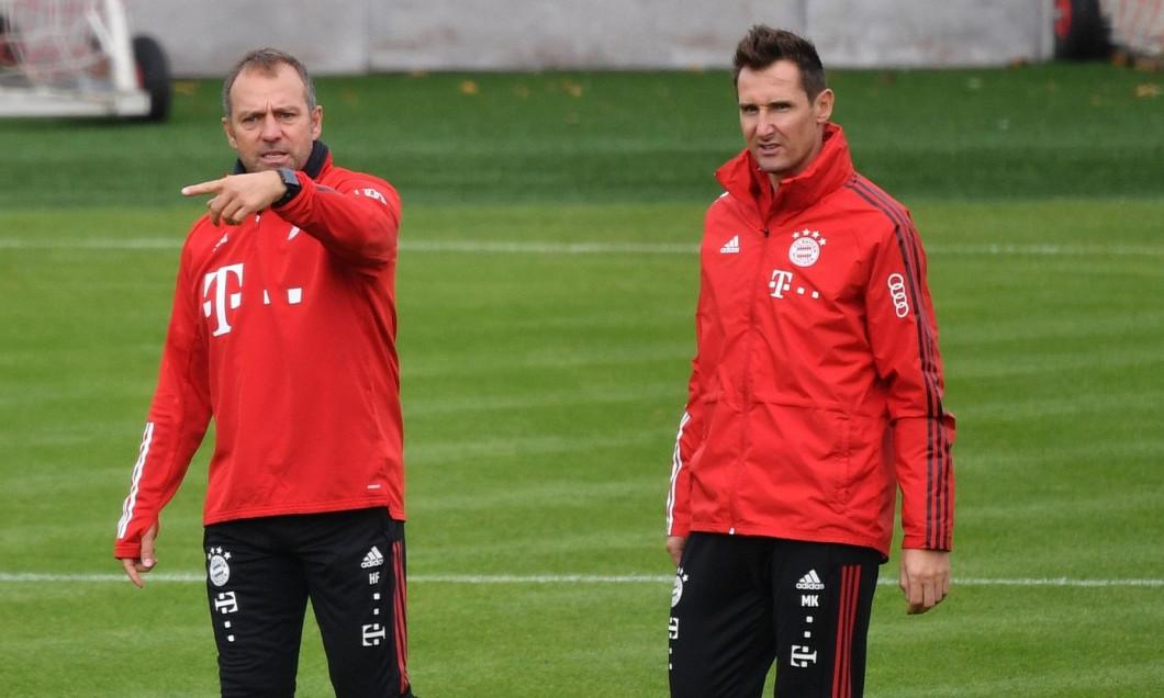 Munich, Germany. 07th Oct, 2020. From left: Hans Dieter Flick (Hansi, coach FC Bayern Munich), Miroslav KLOSE (Co coach FCB), gesture, gives instructions, FC Bayern Munich newcomers. Training on Saebener Strasse. Soccer 1. Bundesliga, season 2020/2021 on