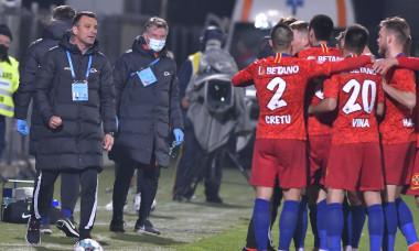 FOTBAL:FCSB-FC BOTOSANI, PLAY OFF LIGA 1 CASA PARIURILOR (18.04.2020)