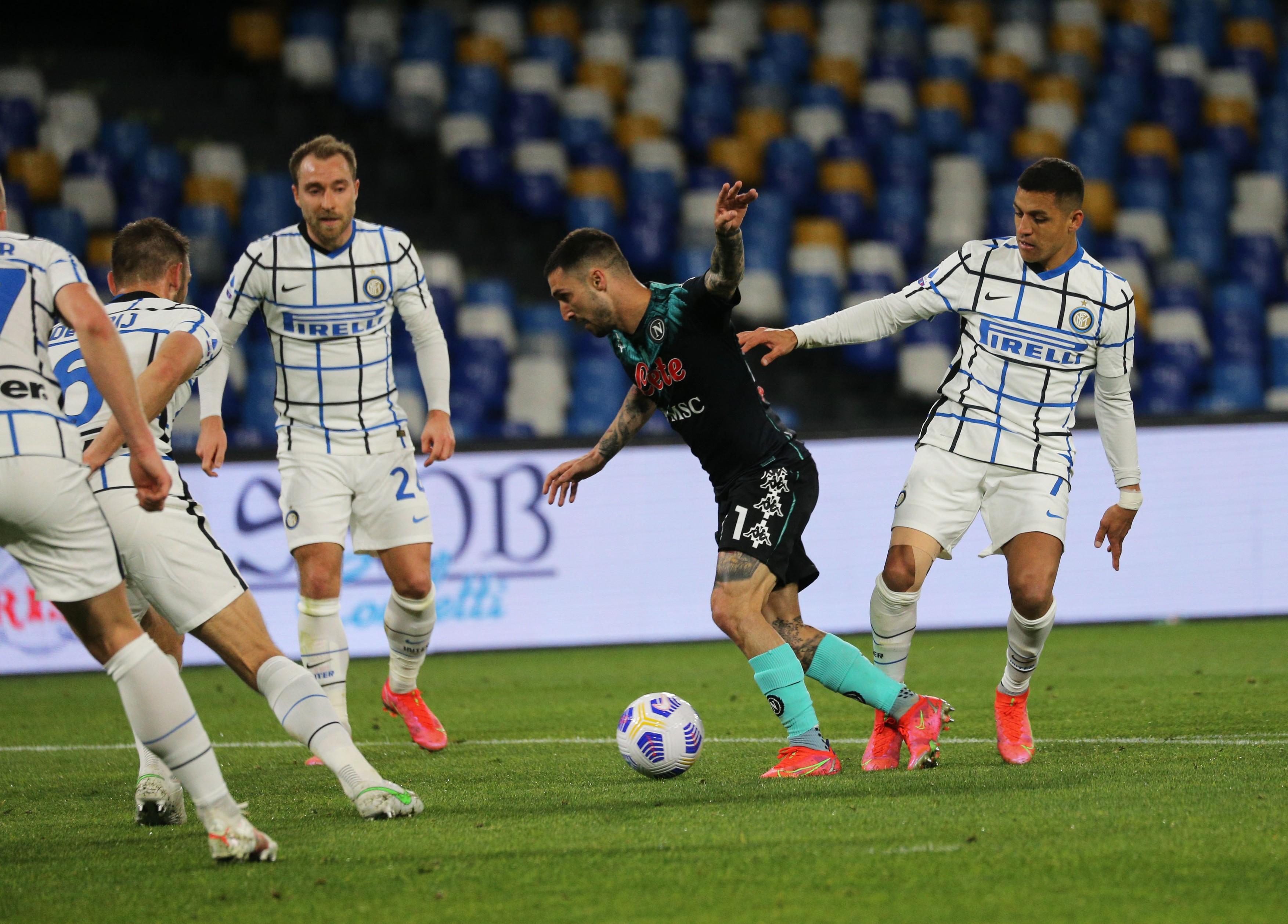 Napoli - Inter 1-1. Liderul s-a încurcat după 11 victorii la rând în Serie A. Cum arată clasamentul
