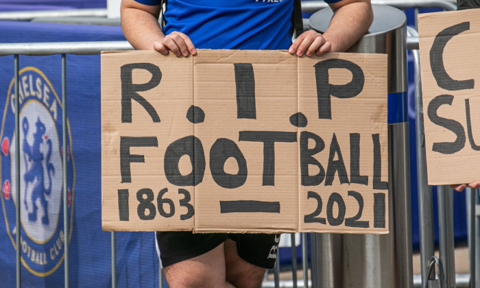 Chelsea fans protest against European Super League - 20 Apr 2021