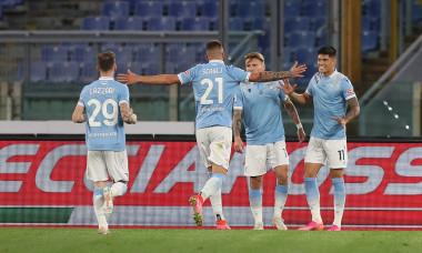 Fotbaliștii lui Lazio, în meciul cu AC Milan / Foto: Getty Images