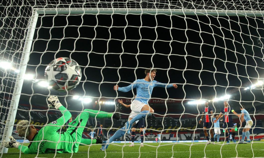 Paris Saint-Germain v Manchester City - UEFA Champions League Semi Final: Leg One